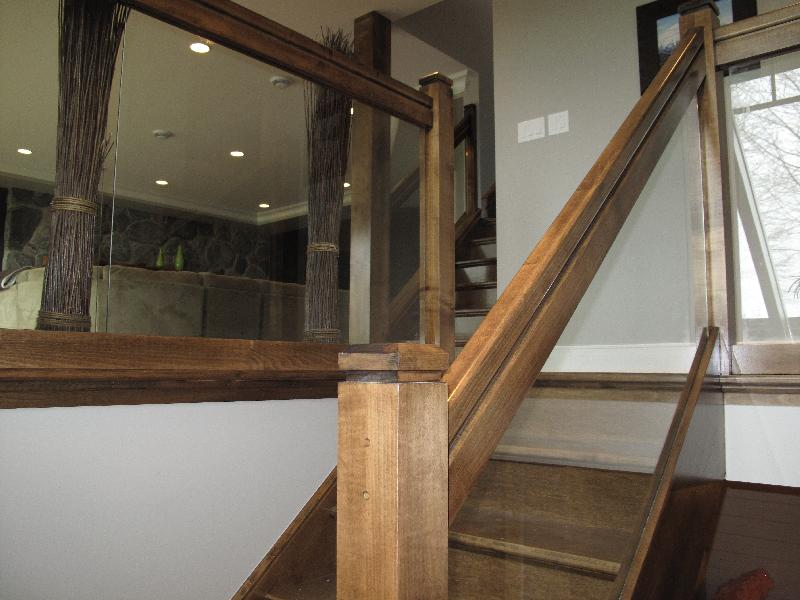 Straight Stairs Glass Panels Gallery - Roes Stair Company