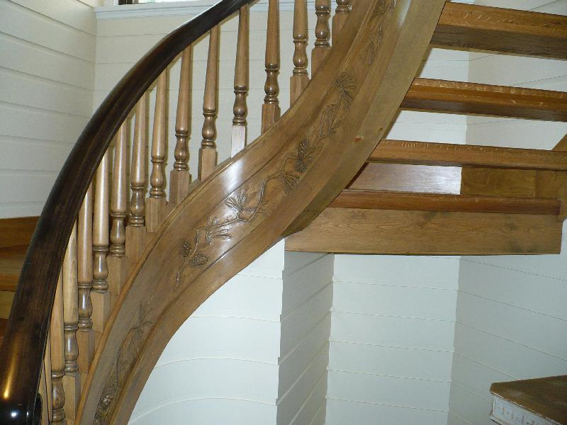 Curved stairs wood pickets gallery roes stair company - Stairlift for curved staircase ...