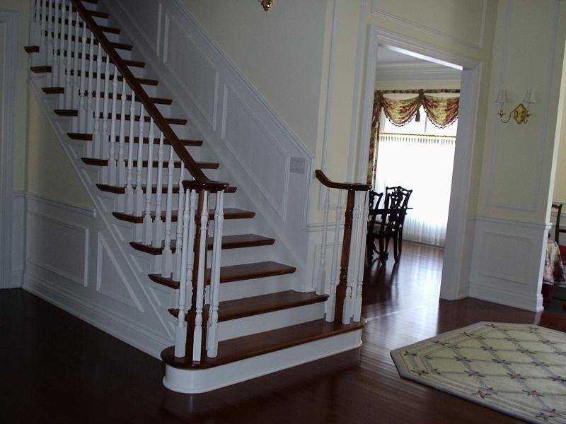 Straight Stairs Wood Pickets Gallery Roes Stair Corp